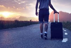 孤独で心が潰れそうな時は一人旅に出よう
