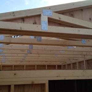 屋根トラス設置準備