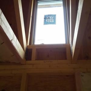 6畳間@上部FIX窓の内側造作