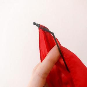 愛用の傘が折れた。