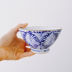 お茶碗の素材で悩んだけれど。