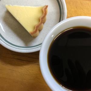 コーヒーと塩原温泉のチーズケーキ