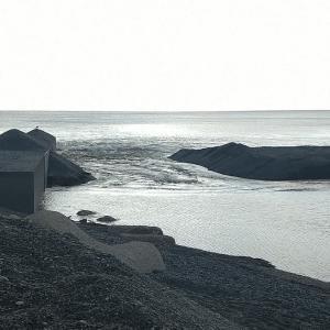七里御浜 潮を読むのが難しい❢