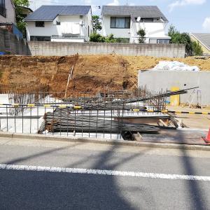 ウィズ・ワン/駐車場壁配筋 Housing Japan: with one, reinforcement in parking space