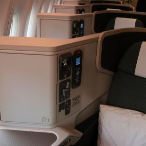 キャセイパシフィック航空ビジネスクラス B777-300ER 新千歳✈️香港 搭乗記