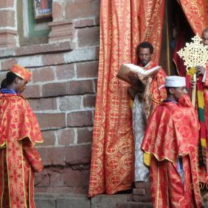エチオピア ラリベラ ナクト・ラブ教会