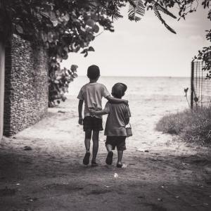 親に兄弟育児を失敗された体験と、そこからの学び