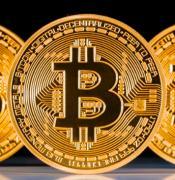 ビットコインで億万長者!仮想通貨!