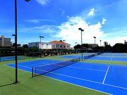 常夏のバンコクでテニスしましょう!
