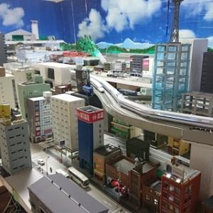 鉄道模型 都市型レイアウト